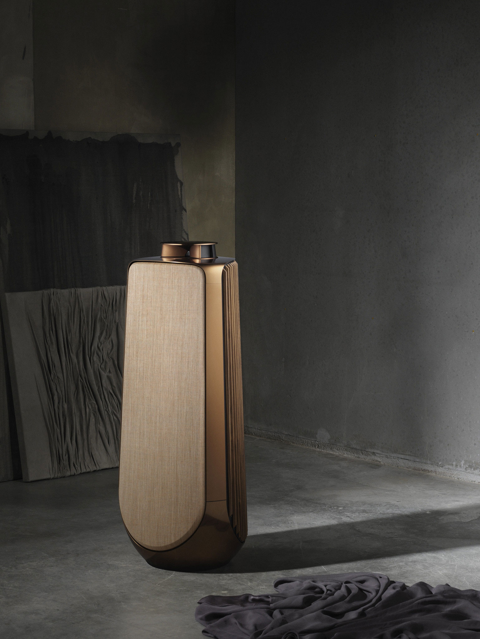 Beolab 50 bronze collection